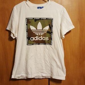 Adidas shirt 🦄